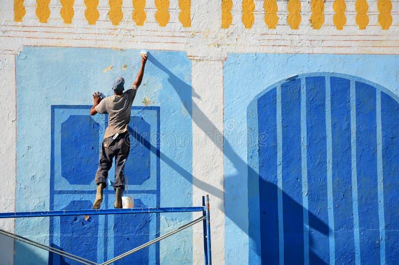 Halètement d'une des maisons coloniales au Trinidad, le Cuba images stock