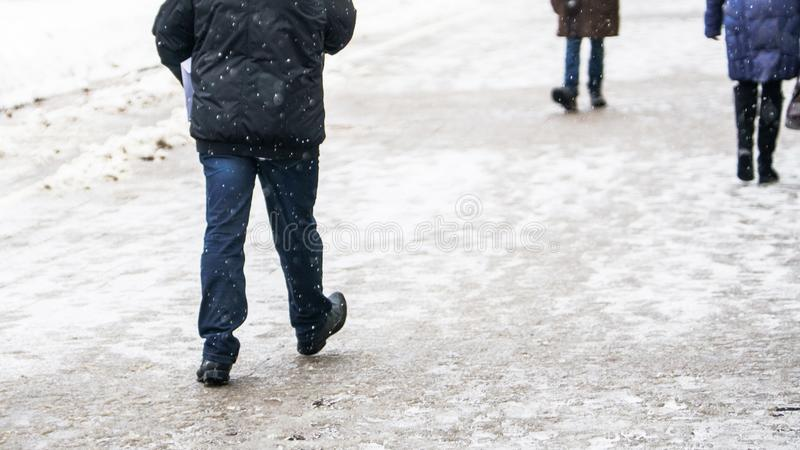 Hal trottoar för vinterstad royaltyfria bilder