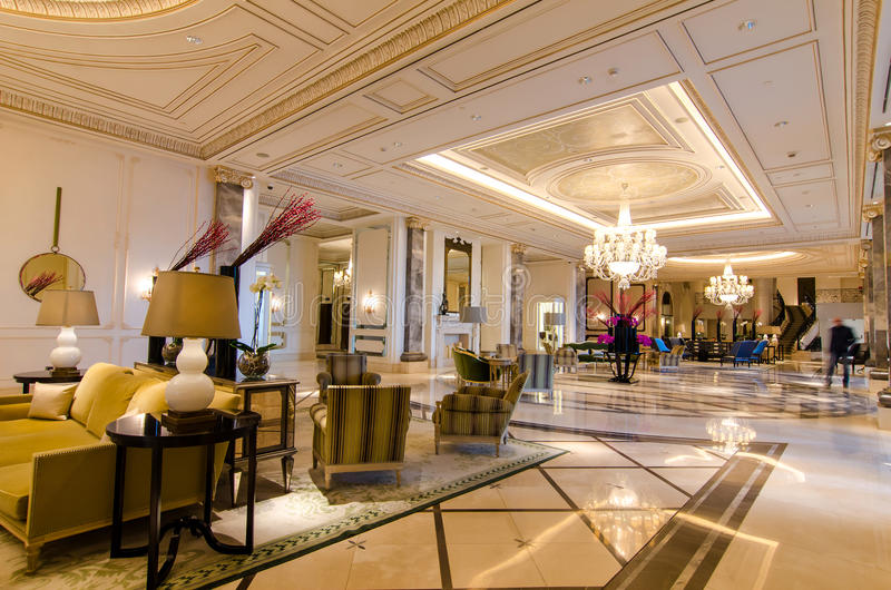 Hal van luxehotel royalty-vrije stock foto
