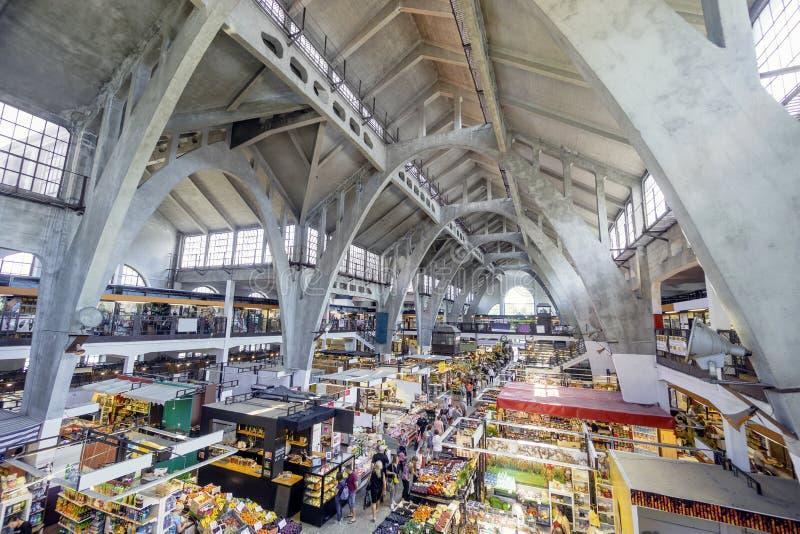 Hala Targowa oder traditionelles Einkaufszentrum in Breslau, Polen stockbild