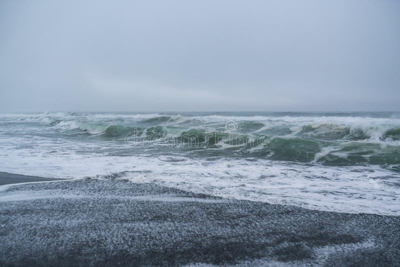 Halaktyr strand kamchatka Rysk federation arkivfoton