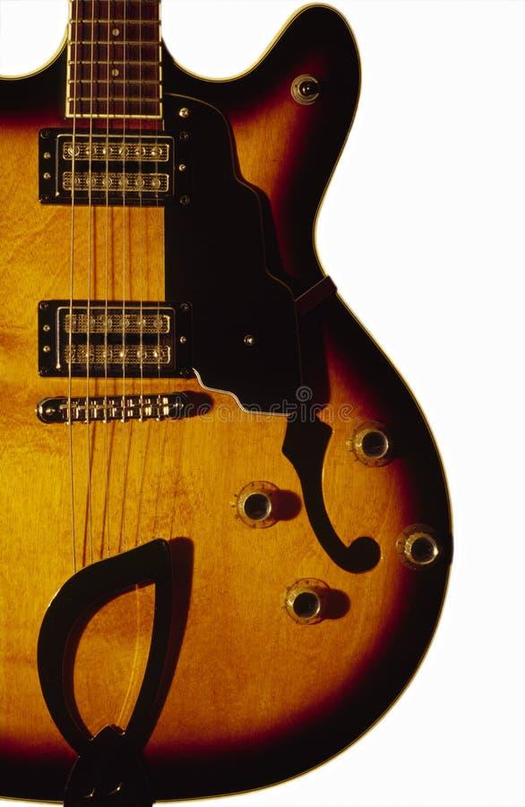 Halb Akustikgitarre-Karosserie stockfotos