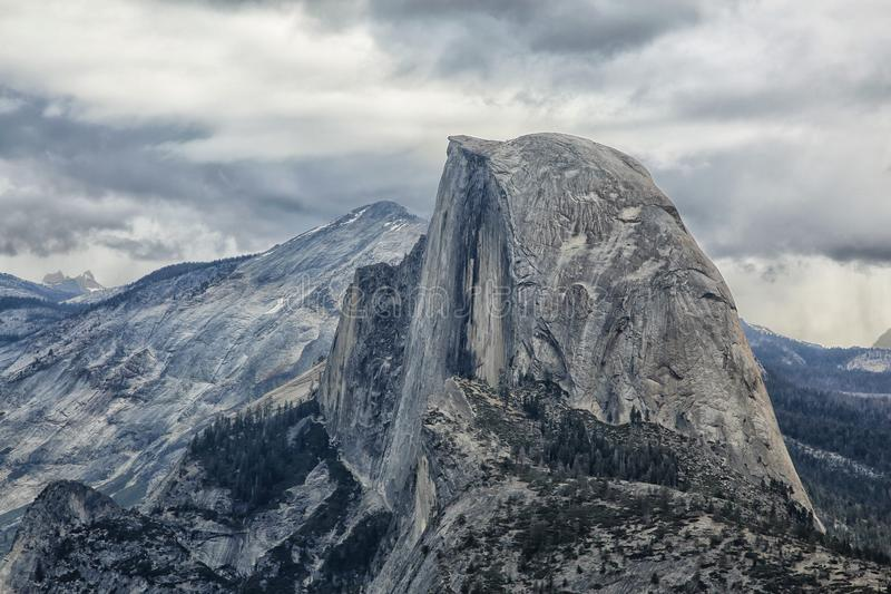 Halbes Hauben-Yosemite Nationalpark Kalifornien stockbilder