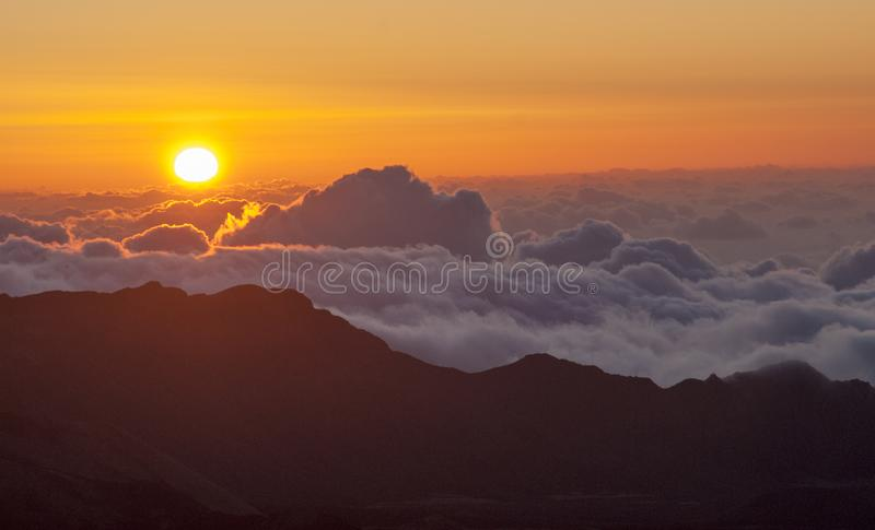 Haleakala-Sonnenaufgang stockfotos