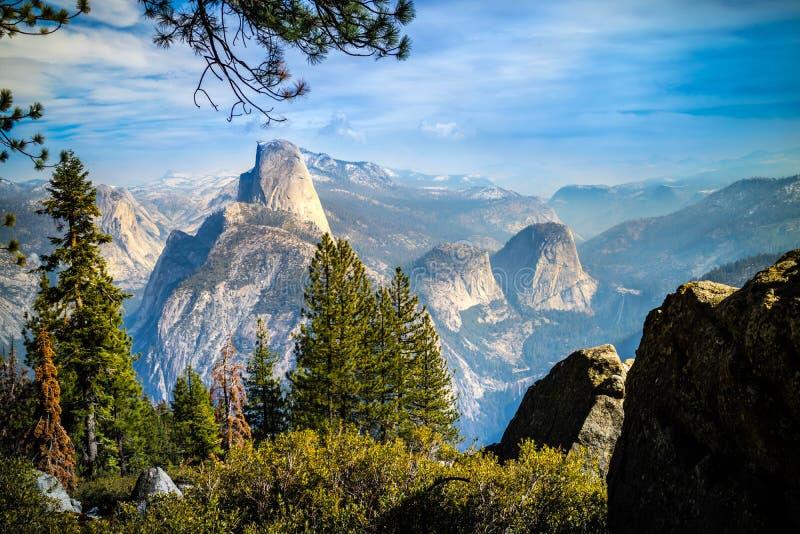 half nationalpark yosemite för Kalifornien kupol arkivfoto