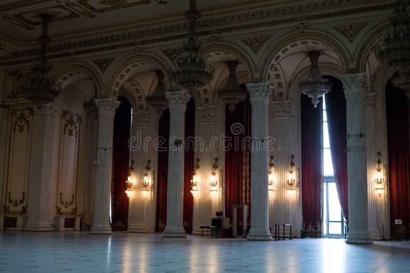 Hall à l'intérieur de palais du Parlement images stock