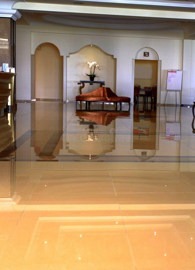 Hall av Len Marquis Hotel royaltyfri fotografi