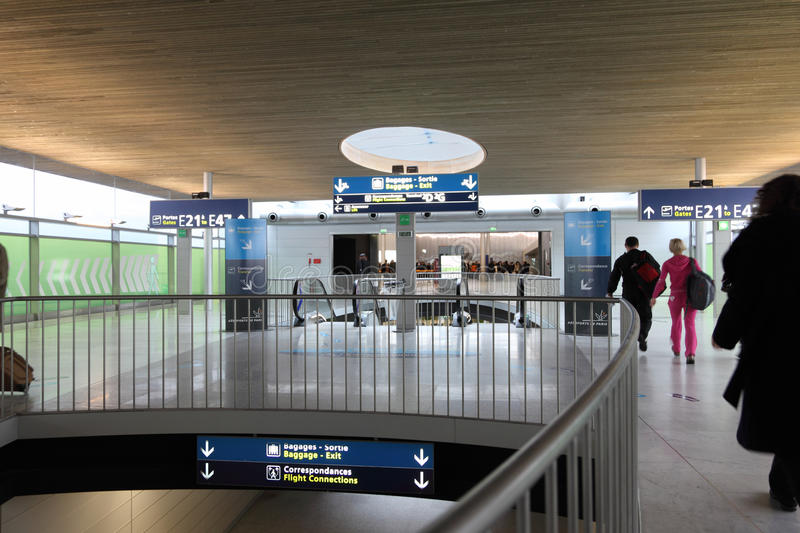Download Hall Of The Charles De Gaulle Airport Editorial Stock Photo - Image of france, gaulle: 18361508