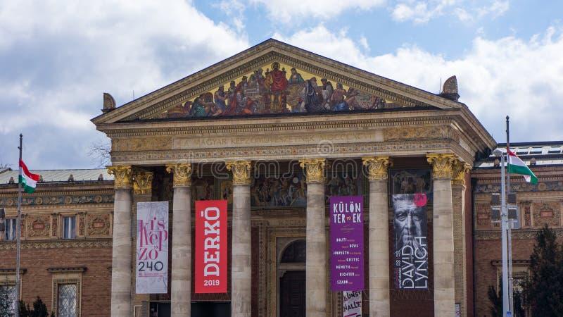 Hall d'art du côté carré des héros de Budapest image libre de droits