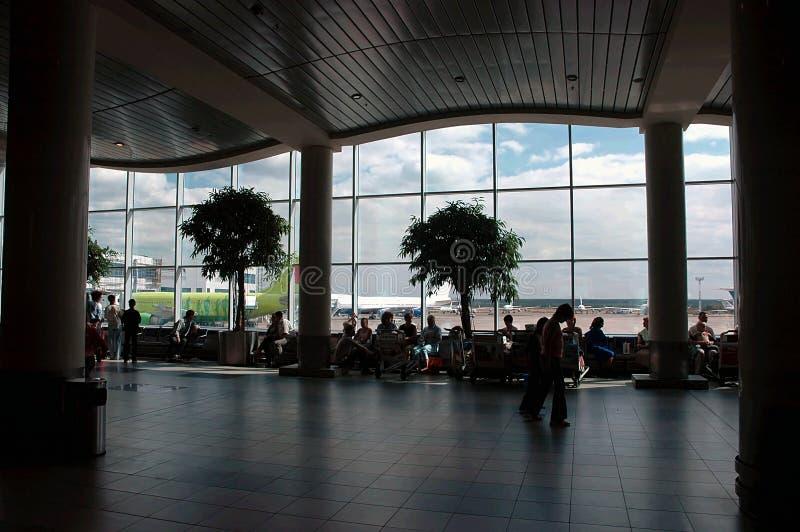 Hall de attente d'aéroport photographie stock libre de droits