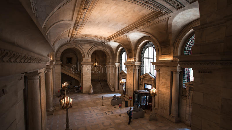 Hall de entrada de la biblioteca pública en New York City imagen de archivo libre de regalías