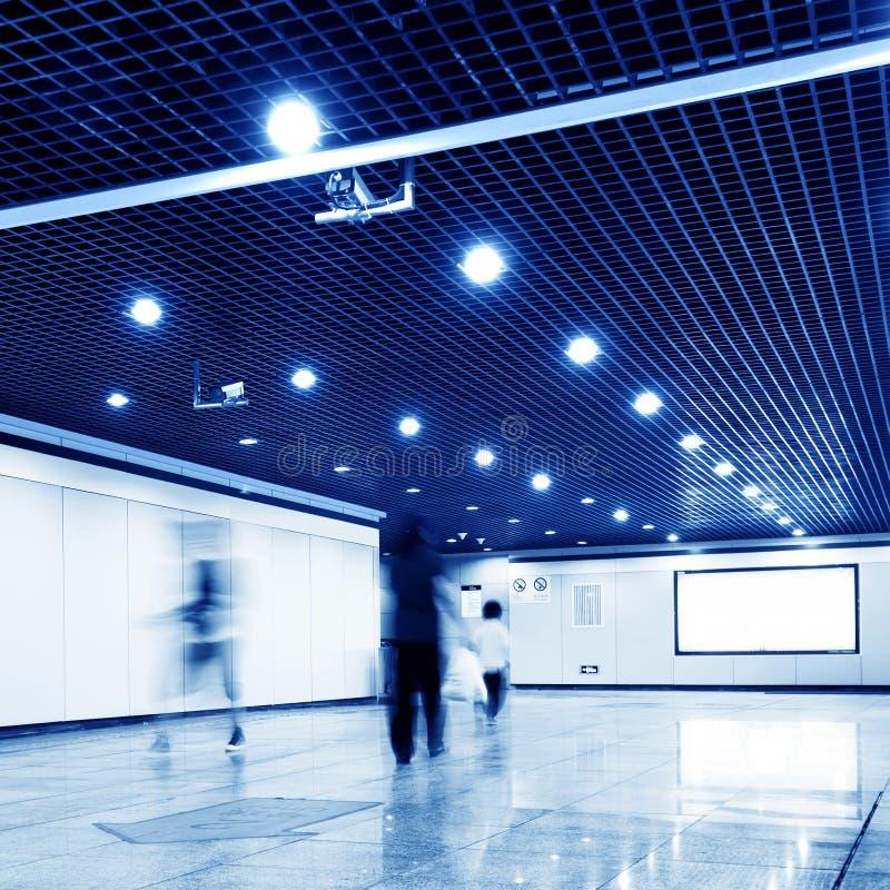 Hall gångtunnelstation arkivfoton