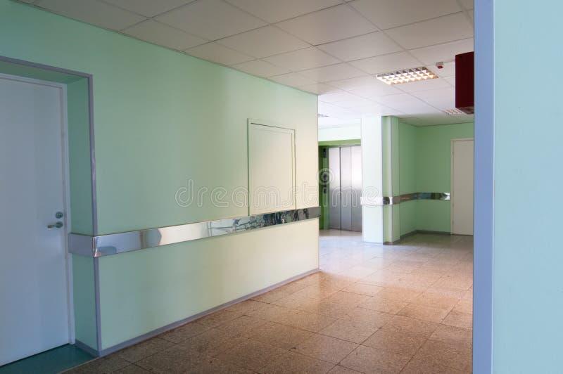 Hall im Krankenhaus stockfotos