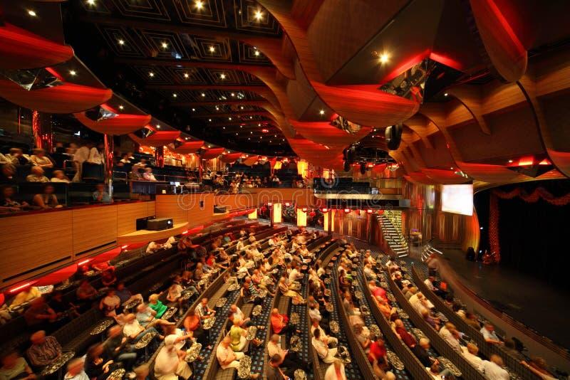 Hall im neuesten Costa-Kreuzschiff lizenzfreies stockfoto