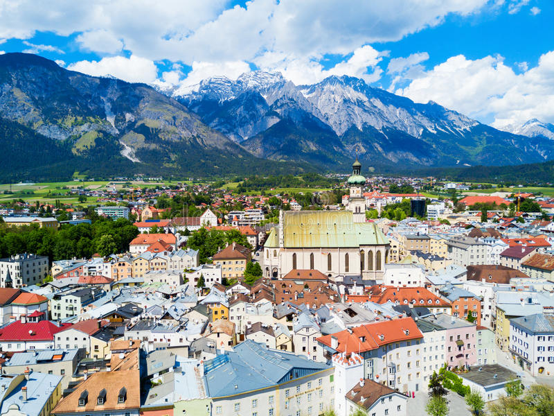 Hall Tirol flyg- sikt royaltyfria bilder