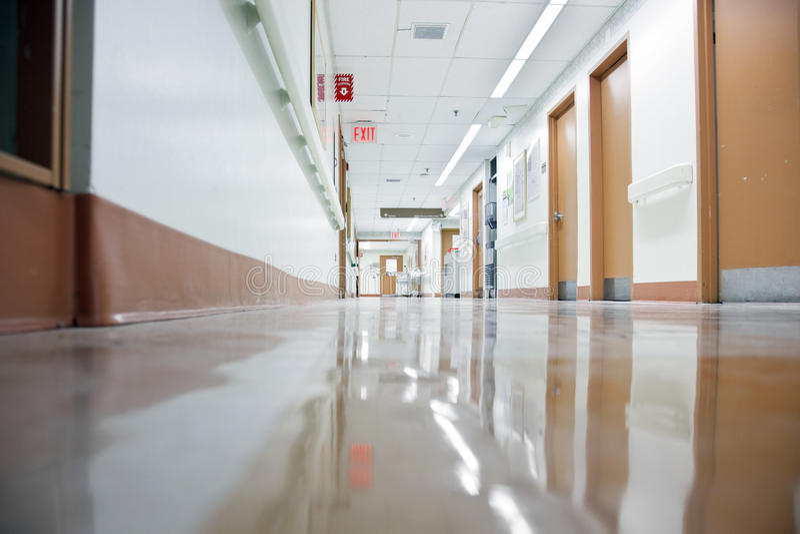 Hall vide d'hôpital image stock