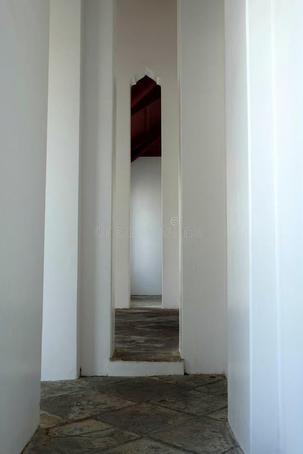 Hall Way public chez Wat Arun Temple Bangkok, Thaïlande photographie stock libre de droits