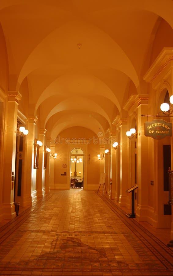 Halle im Staat California-Kapitol lizenzfreie stockfotos