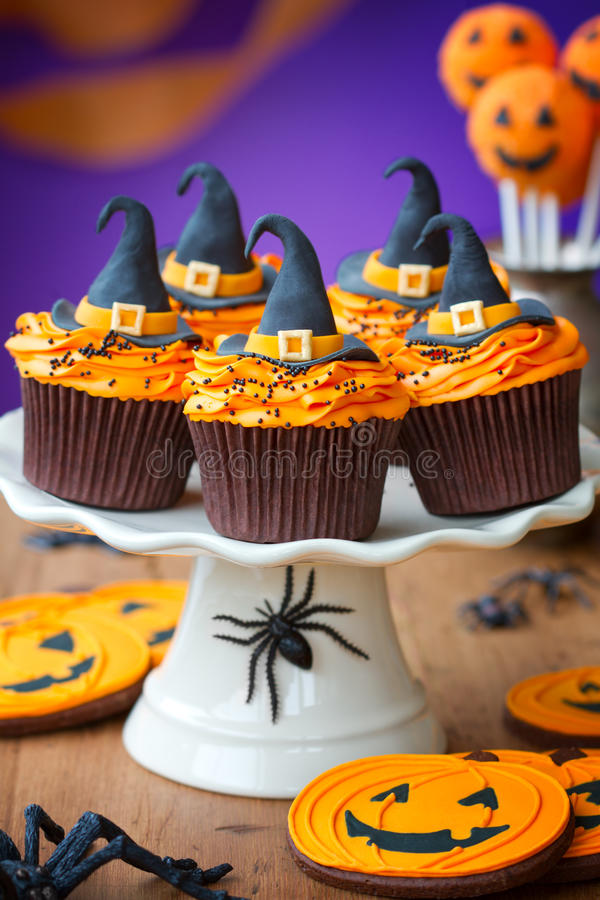 Halloween cupcakes stock images