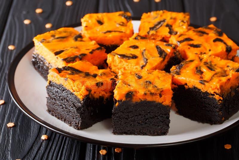 Halloween-de cake heerlijk dessert van Roomkaasbrownies voor fes royalty-vrije stock fotografie