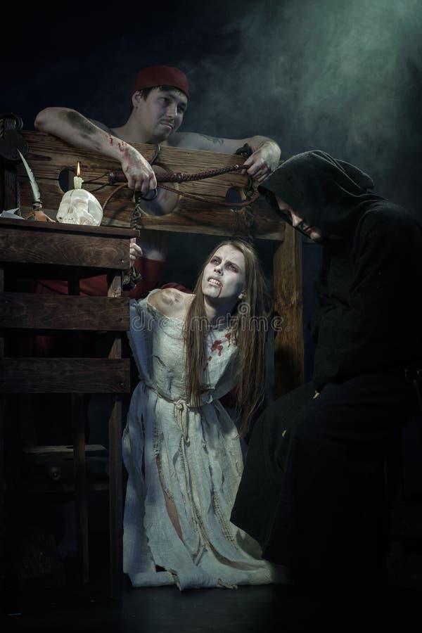 Halloween De middeleeuwen De uitvoering van heksen royalty-vrije stock afbeeldingen