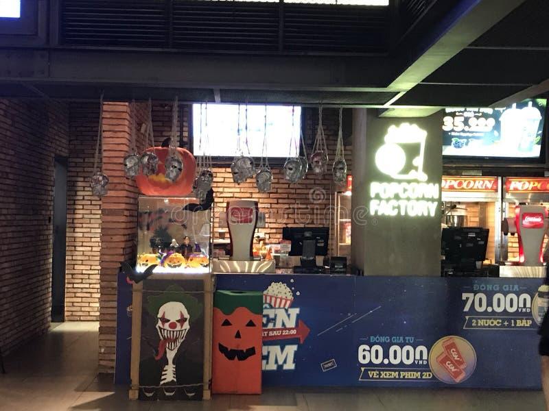 Halloween-Dekorationen an der Popcorn-Fabrik lizenzfreie stockfotos