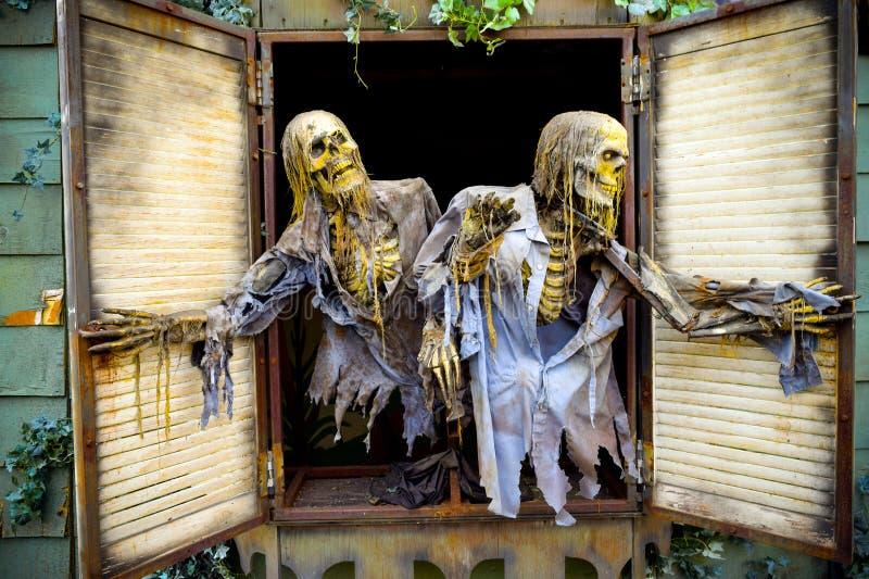 Halloween-Geist-Geisterhaus lizenzfreies stockfoto
