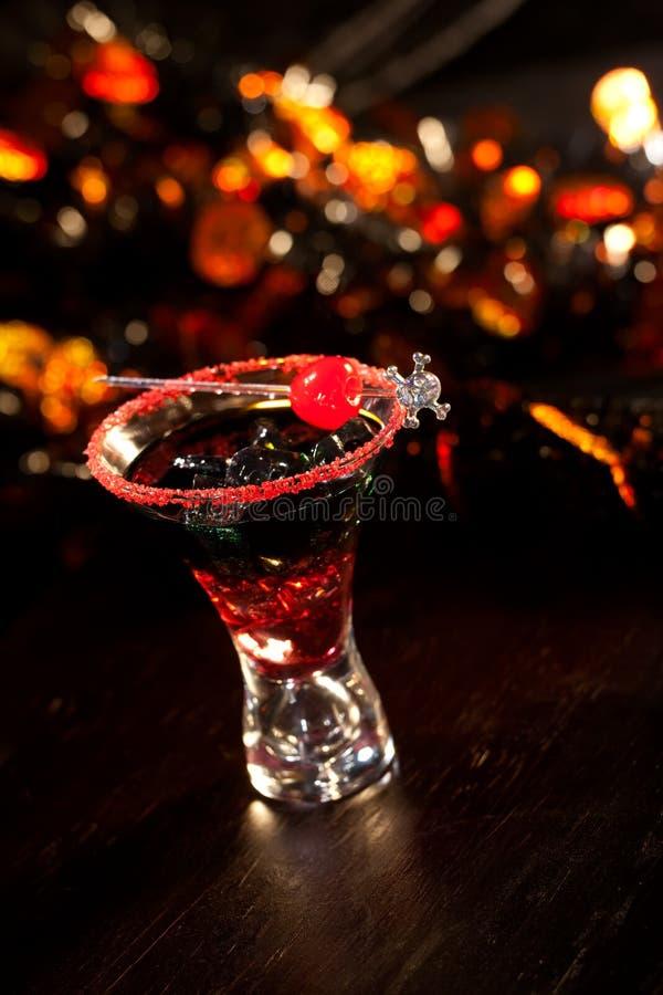Halloween-Getränke - Blut-Cocktail des Teufels lizenzfreies stockfoto