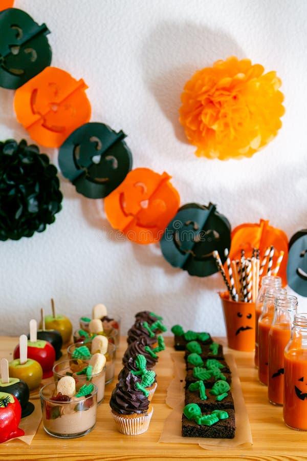 Halloween-het suikergoedbar en decoratie van de stijlpartij stock foto