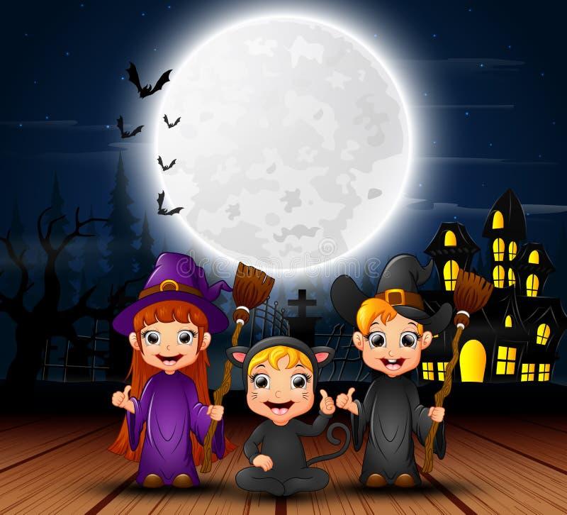 Halloween heureux badine avec la maison effrayante et la pleine lune pendant la nuit illustration libre de droits