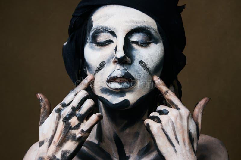 Halloween i Makeup temat Czarny i biały kobiety skóra fotografia royalty free