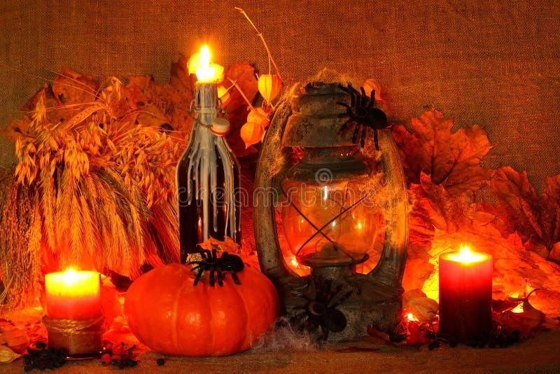 Halloween-Kürbis auf Leinenhintergrund lizenzfreies stockbild