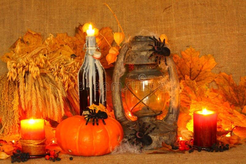 Halloween-Kürbis auf Leinenhintergrund lizenzfreie stockfotografie