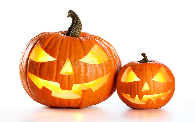Halloween-Kürbise lokalisiert auf Weiß stockbild