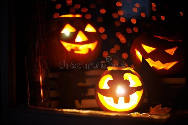 Halloween-Kürbisse stockbilder