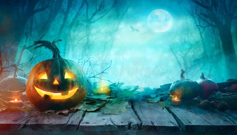 Halloween läskiga pumpor fotografering för bildbyråer