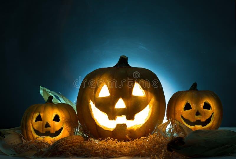 Halloween-lantaarn van de pompoen de hoofdhefboom Het concept van Halloween stock afbeeldingen