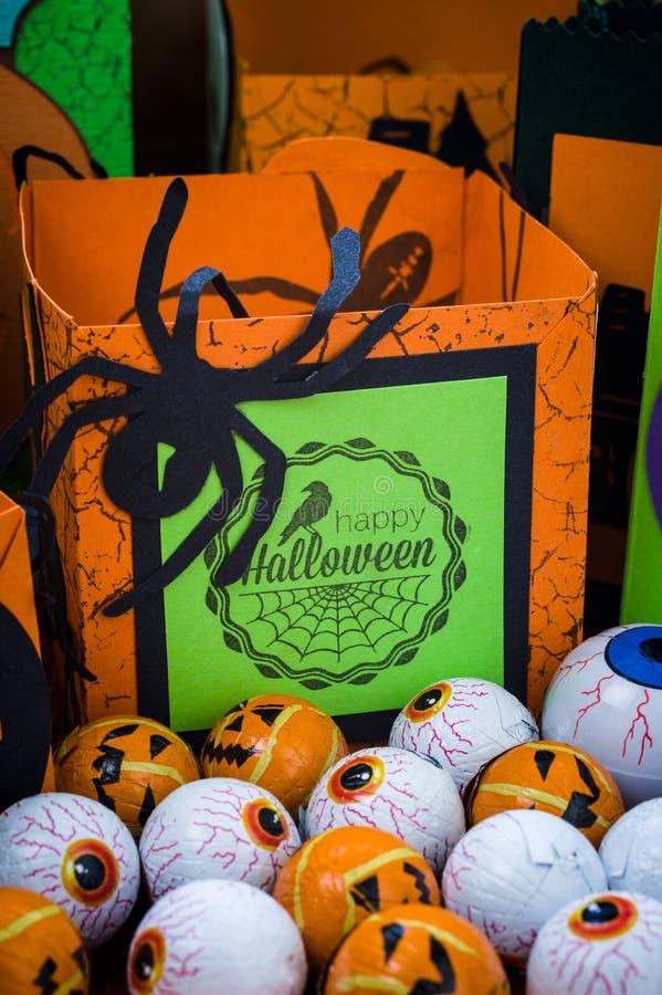 Halloween - métiers de Halloween - ouvrage de papier photos libres de droits