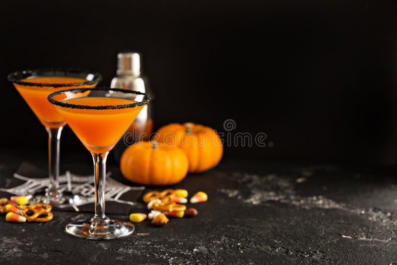 Halloween o pumpkintini del cóctel de la caída fotografía de archivo