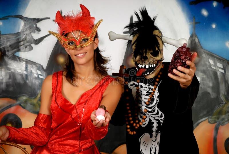 Halloween-Paar-Graffiti lizenzfreie stockfotos