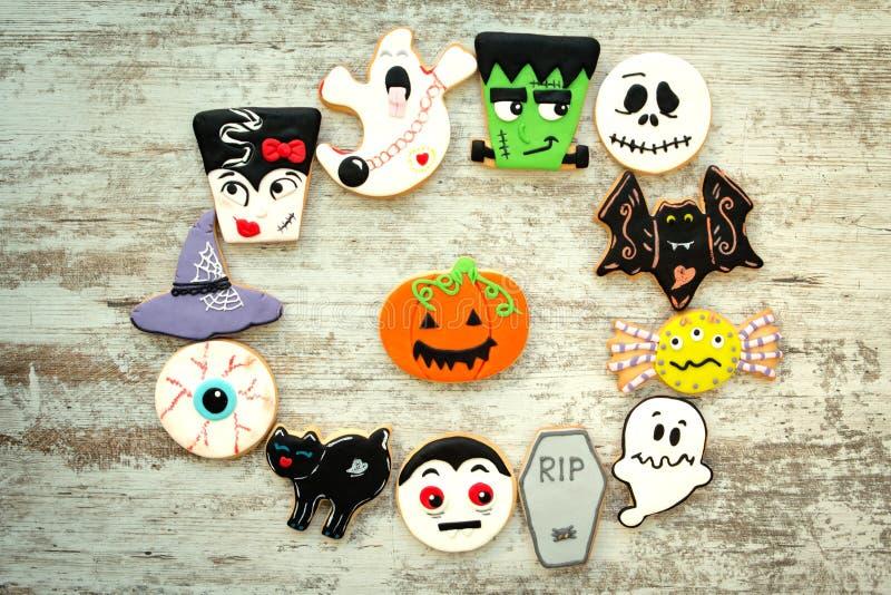 Halloween-Plätzchen mit verschiedenen Formen lizenzfreie stockbilder