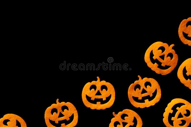 Halloween pompoen Autumn spooky orange decoratie geïsoleerd op b stock afbeeldingen