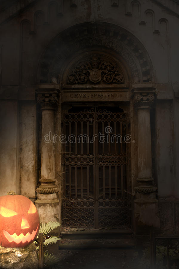 Download Halloween Pumpkin And Cemetery Gate Stock Image - Image: 20761967