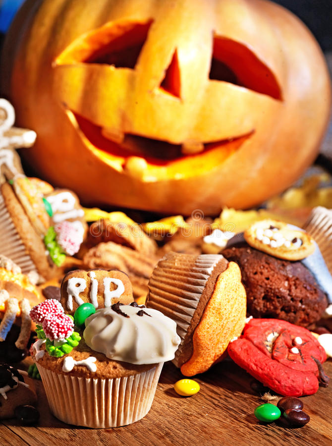 Download Halloween Table With Trick Or Treat Stock Image - Image: 26947515