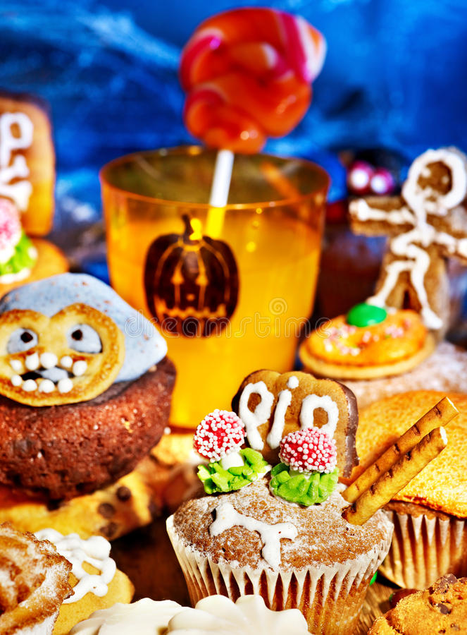 Download Halloween Table With Trick Or Treat Stock Image - Image: 26947621