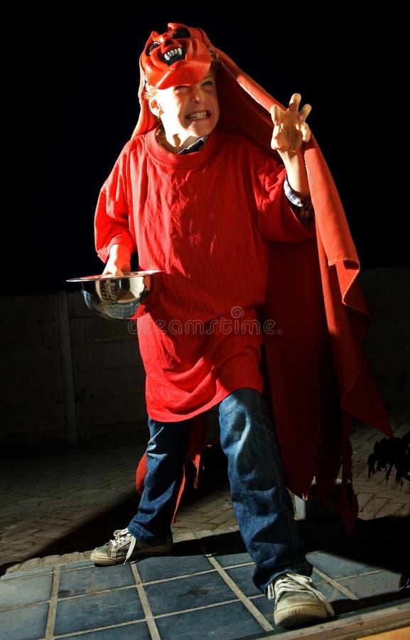 Halloween-Trick-oder Festlichkeit-Kind lizenzfreies stockfoto