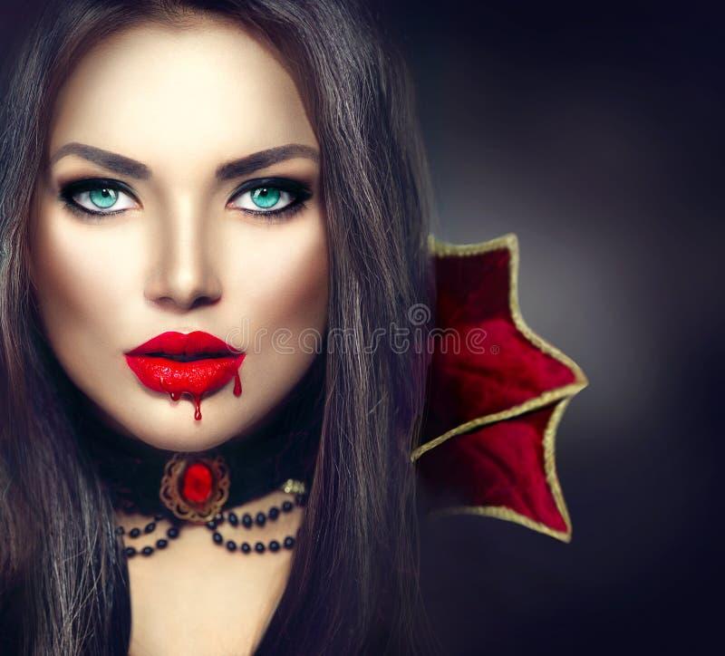 Halloween-Vampirsfrauenporträt lizenzfreie stockbilder