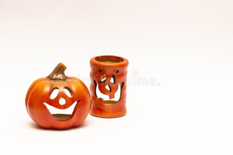 Halloweenowa świeczki bania na ehite tle zdjęcia stock