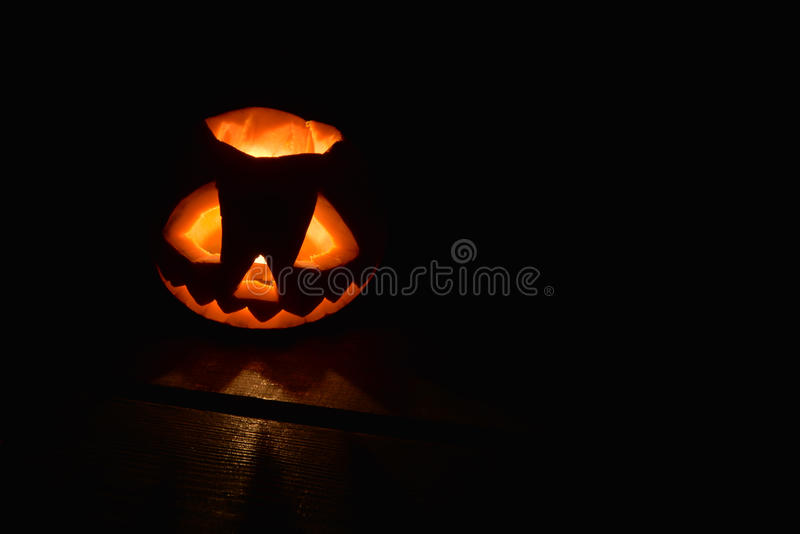 Halloweenowa bania ustawiająca odizolowywającą na czerni obraz royalty free