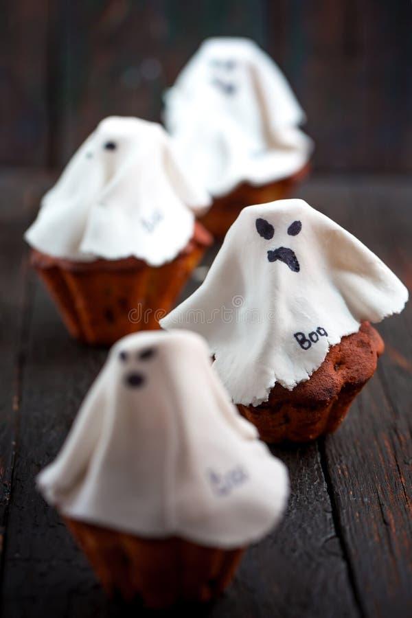 Halloweenowy babeczka duch obraz stock